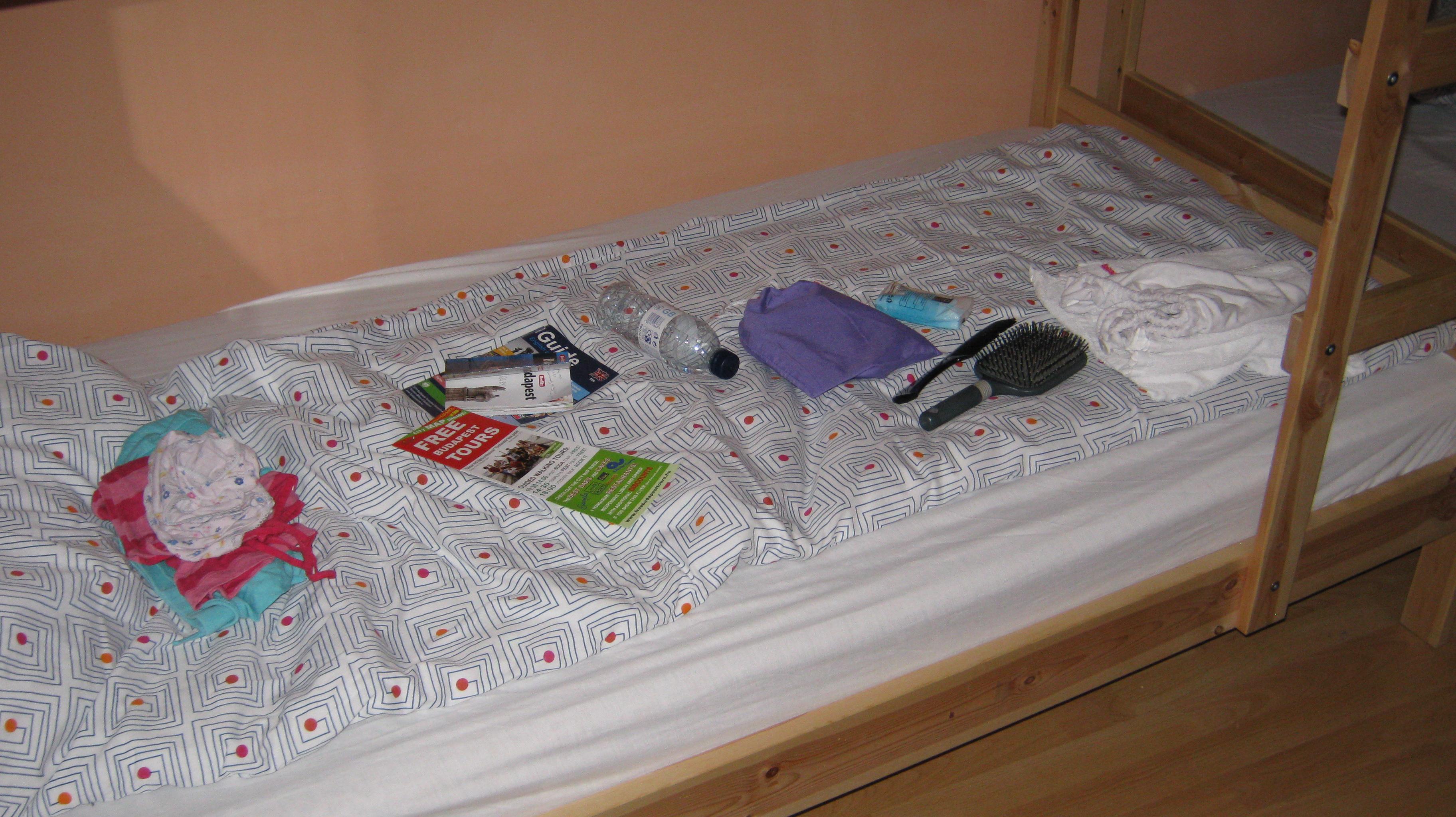solo travel tips hostel Budapest