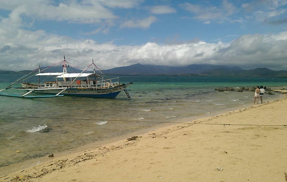 Island hopping Honda Bay Palawan Philippines