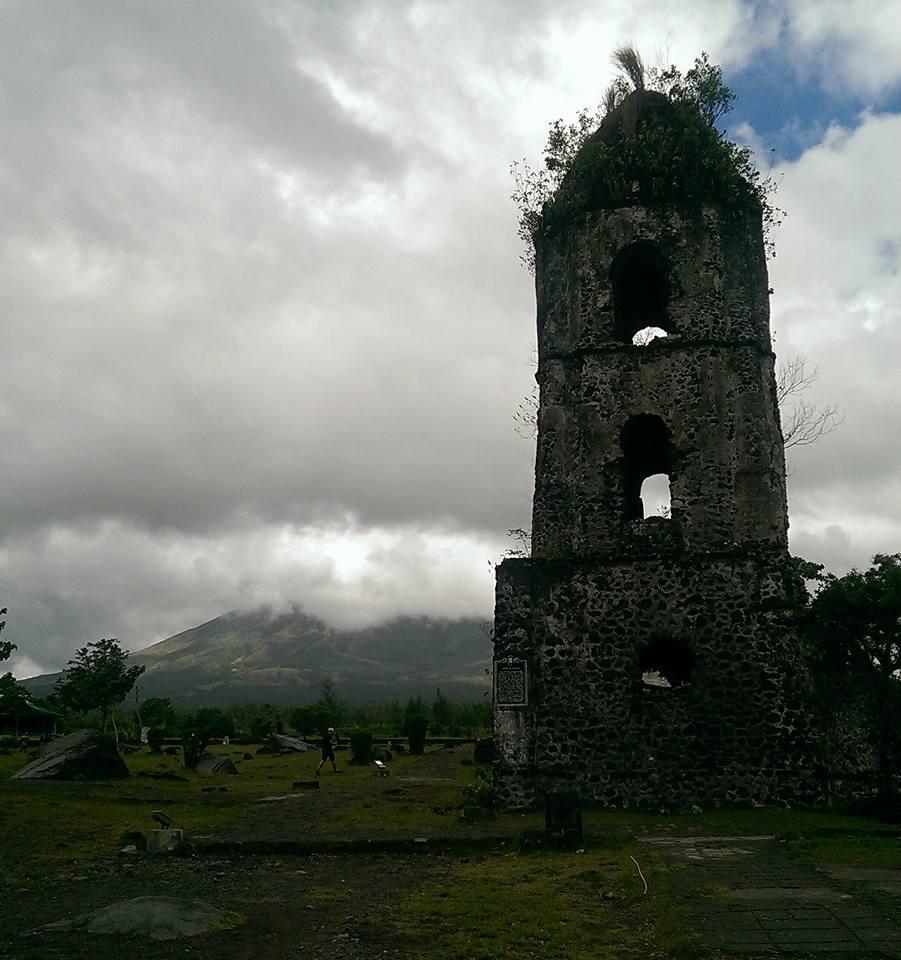 Mount Mayon shy volcano Philippines Cagsawa Ruins