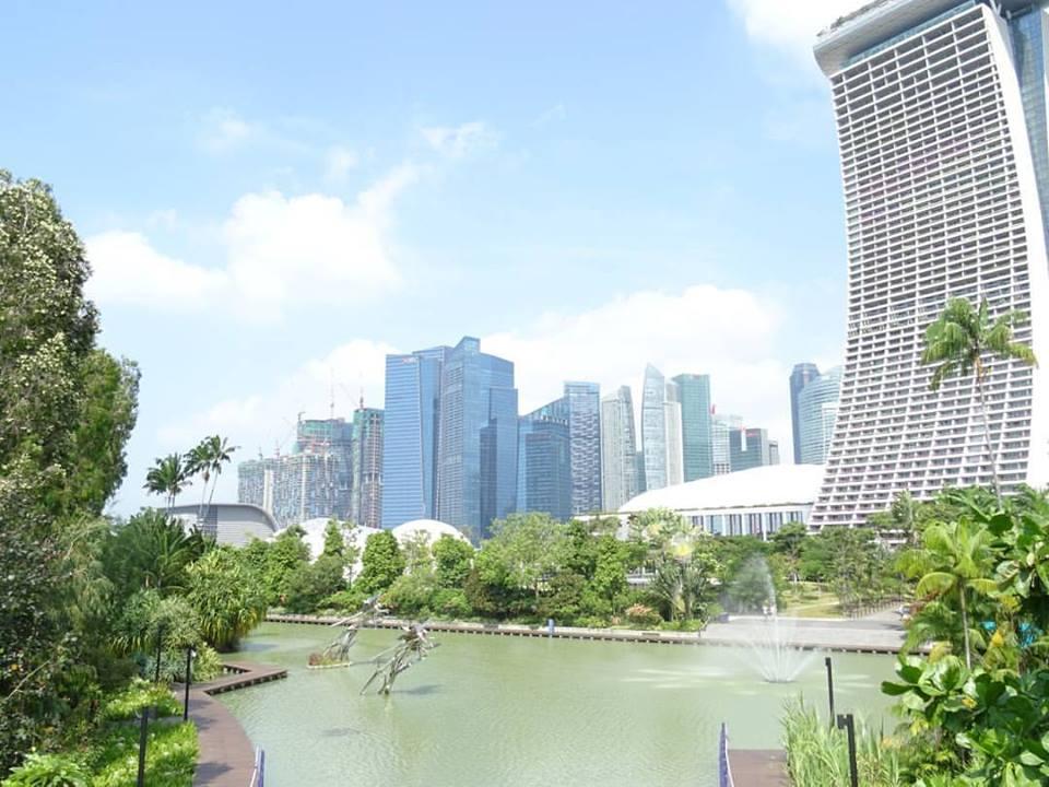 Singapore solo female travel