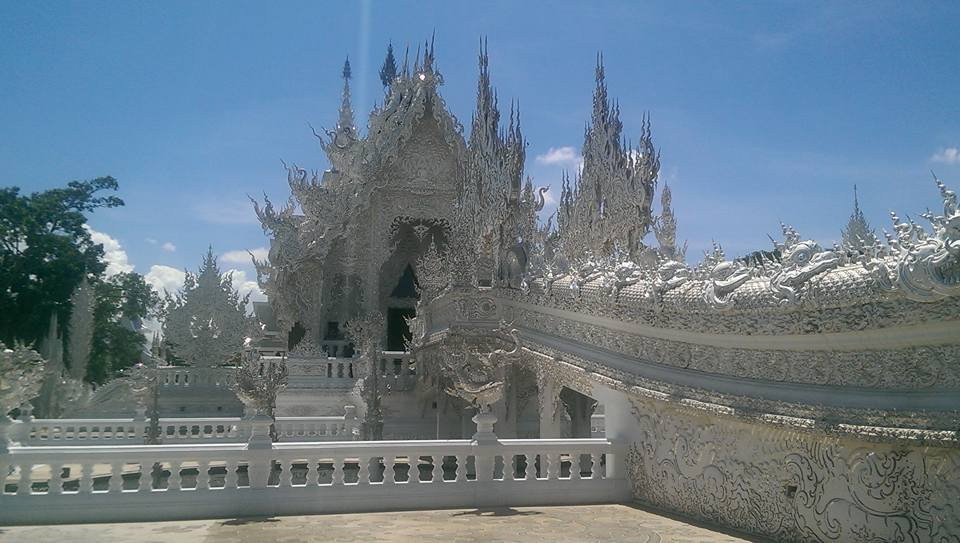 Chiang Rai white temple Chiang Mai Thailand solo female travel
