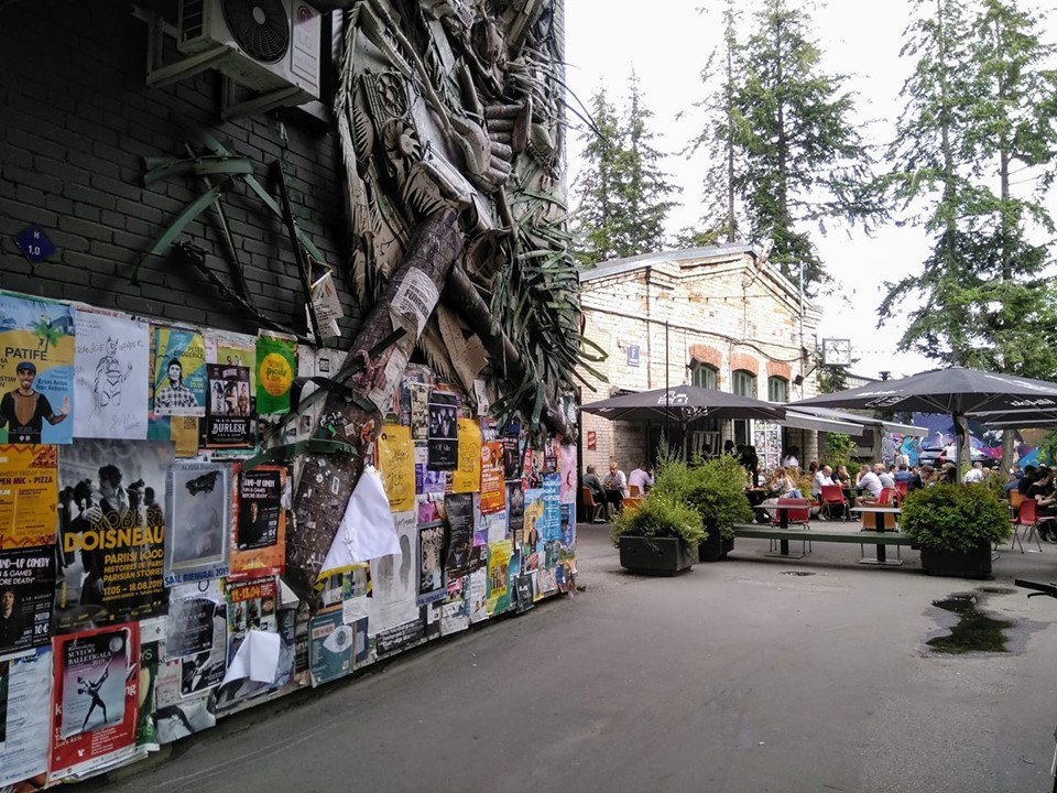 Street art and cafes