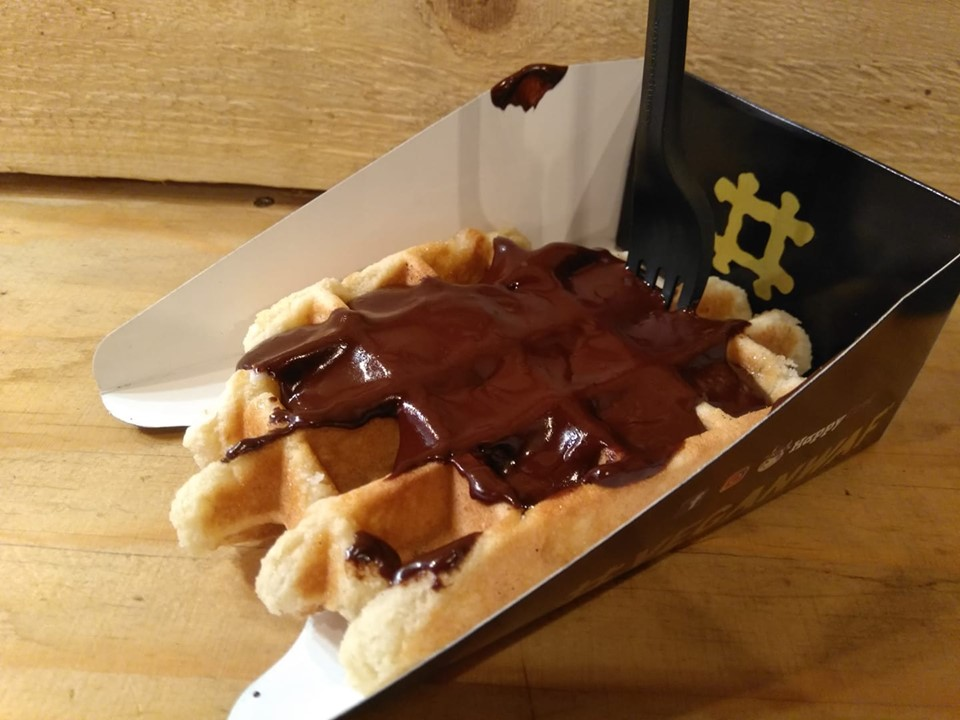 A vegan Belgian waffle with chocolate sauce from Veganwaf in Brussels