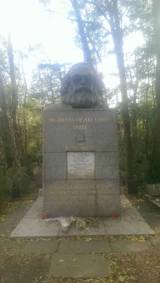 Karl Marx' tombstone